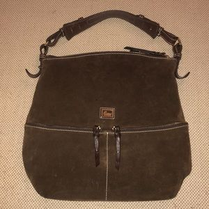 Dooney and Bourke Dillen Medium pocket sac
